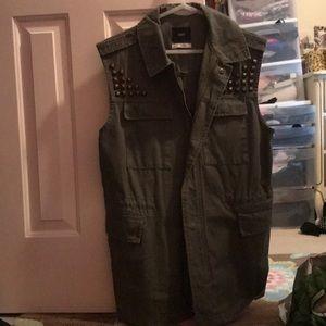 BDG military green studded vest size Medium. NWOT